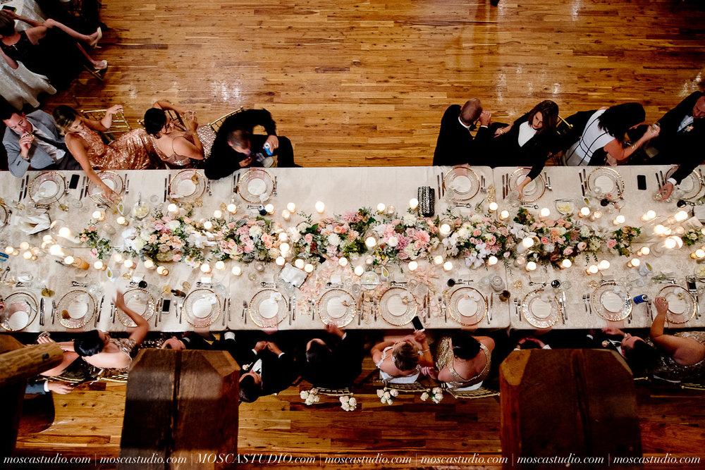 01881-moscastudio-kellyryan-sunriver-resort-wedding-20160917-SOCIALMEDIA.jpg