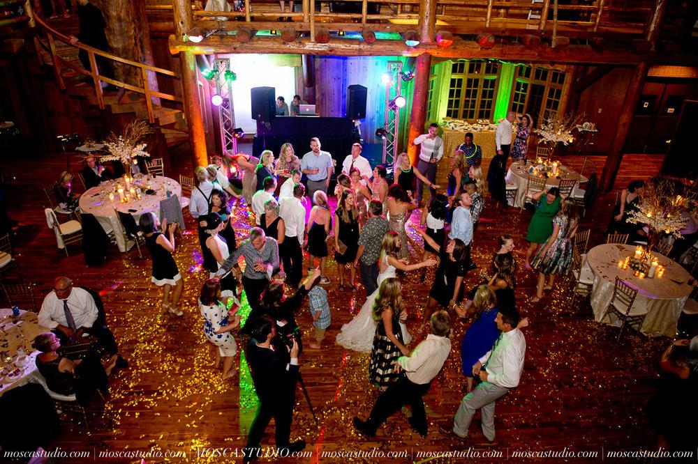 02452-moscastudio-kellyryan-sunriver-resort-wedding-20160917-SOCIALMEDIA.jpg