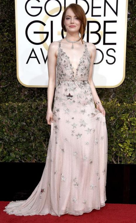 Emma Stone Valentino Haute Couture .png