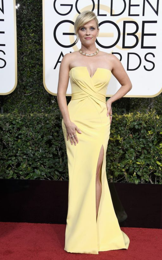 Reese Witherspoon custom Atelier Versace .png