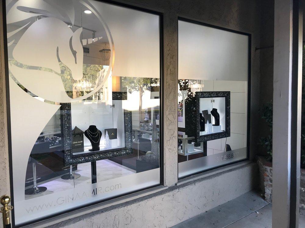 Gina Amir Store front 2.JPG