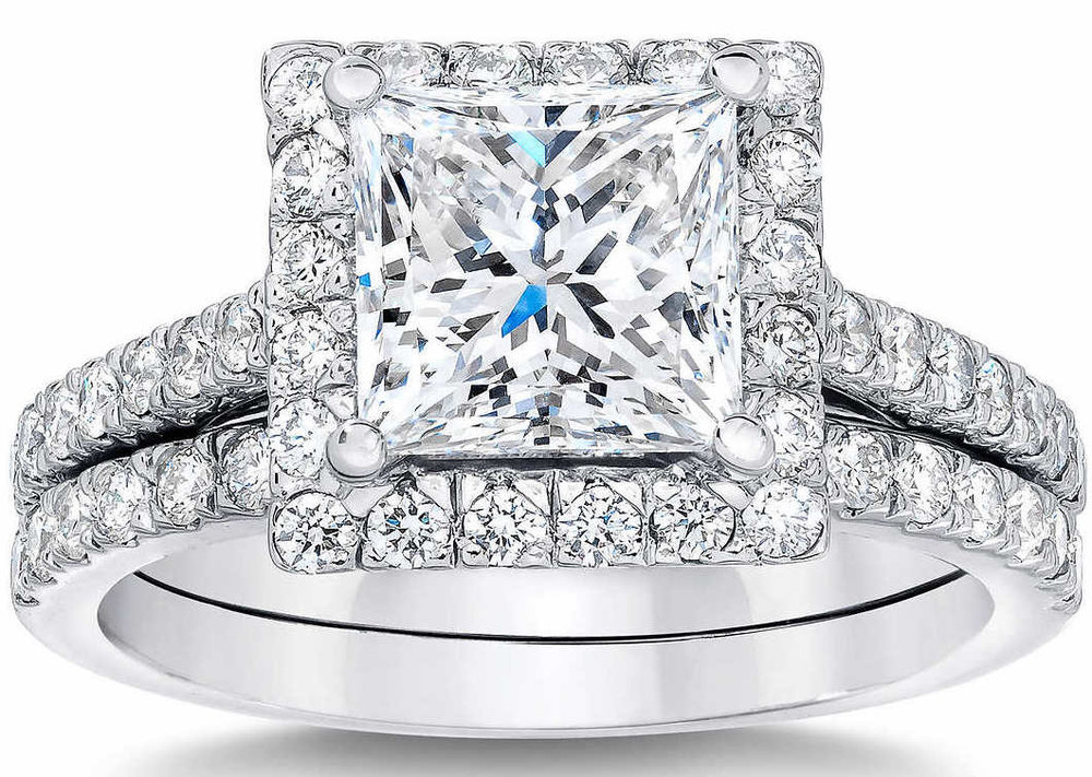 ct ring certified set engagement white halo prong twt round cut da sidestones l diamond gold in brilliant