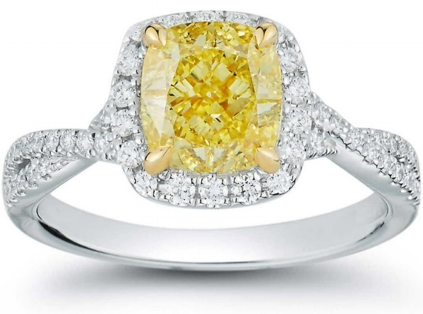 CUSHION CUT 2.30 CT VS1 CLARITY, FANCY INTENSE YELLOW DIAMOND PLATINUM 2.66 CTW RING