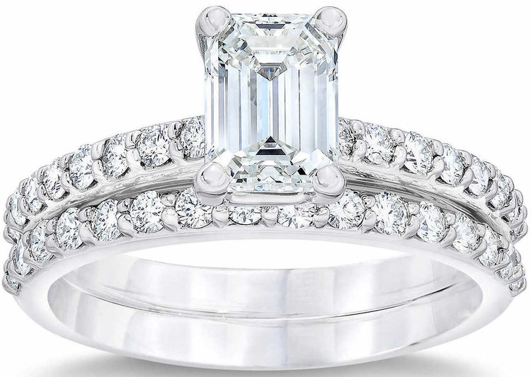 Emerald+Cut+3.15+ctw+VVS2+Clarity,+E+Color+Diamond+Platinum+Wedding+Set+1.jpg
