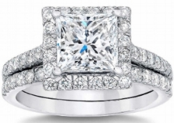 Princess+Cut+2.27+ctw+VS2+Clarity,+G+Color+Diamond+Platinum+Halo+Wedding+Set+1.jpg