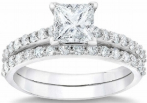 Princess+Cut+2.68+ctw+VVS2+Clarity,+G+Color+Diamond+Platinum+Wedding+Set+1.jpg