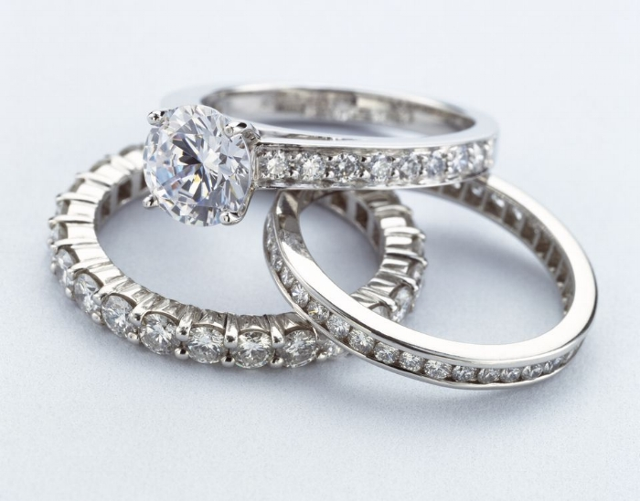 women-s-diamond-rings-200432721-001-571ea20c3df78c56409cce30.jpg