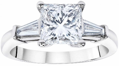 Princess+Cut+2.54+ctw+VS1+Clarity,+H+Color+Diamond+Baguette+Platinum+Ring+1.jpg