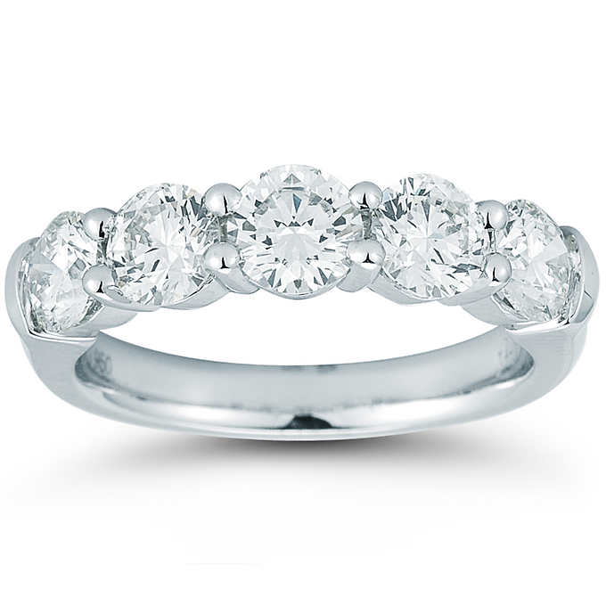 Wedding Bands - Brows through our amazing selection of unique diamond wedding rings and wedding bands. This selection includes of all types of wedding bands. Wedding rings with diamond and with out in all best design hand picked by us. There is something very magical here.