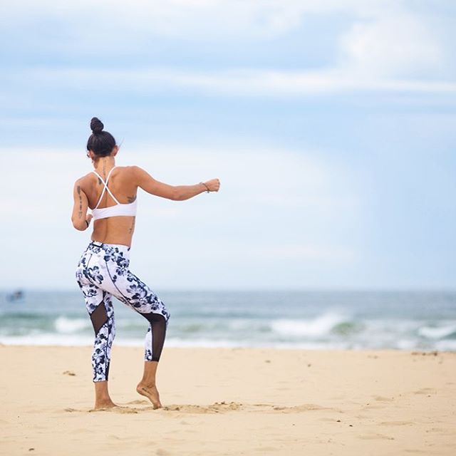 CONGRATULATIONS @sydneyaltizer 👏🏾👏🏾👏🏾 You've WON! Please DM to claim your @dharmabumsactive voucher and #surfstyletrainingonline membership 😜 Then have a little victory dance on me! HAPPY SATDAY PEEPS ✌🏾 •••••••••••••••••••••••••••••••••••••••• 📷 @luckywelive in @dharmabumsactive 💙
