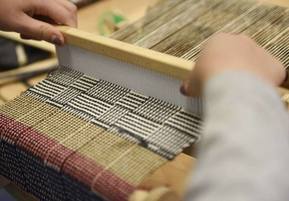 Greenwich's EMS students learn the fine art of weaving    By Emilie Munson    Published 12:00 am, Sunday, December 18, 2016