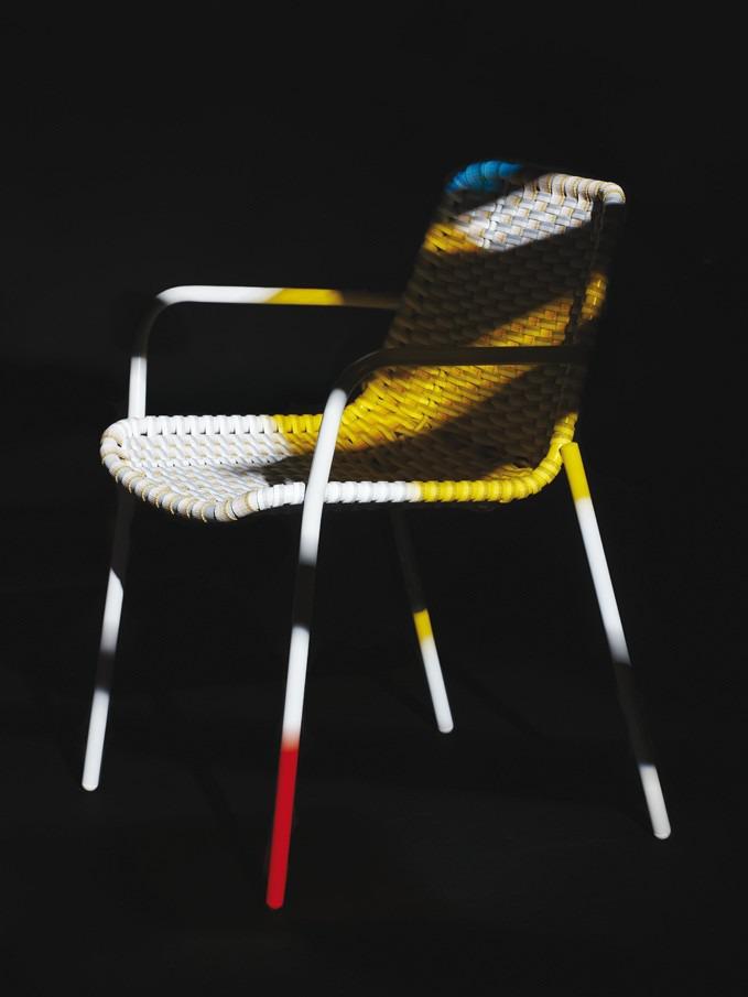 155-30-moustachestrap-chair-hdbscholten-baijings.jpg