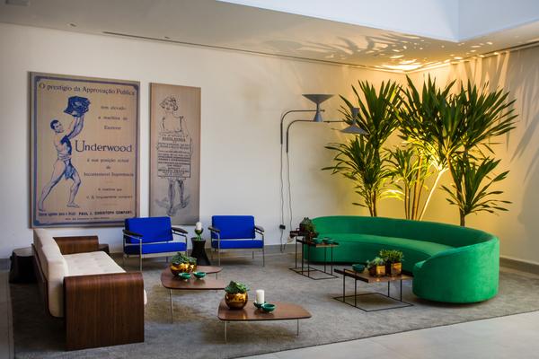 21-jimmy-bastian-pinto-foyer-da-villa-3.jpeg