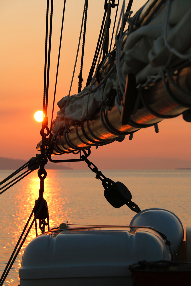 Sunset Sails - Set sail at 6pm aboard the beautiful tall ship Lady Nelson for a magical 90 minute sunset sail on Lake Victoria. Enjoy a glass of Gippsland wine and delicious local finger food.Wed 28th Feb - $65Monday 5th March - $65Friday 2nd March - $75Saturday 3rd March - $75Sunday 4th March -$75