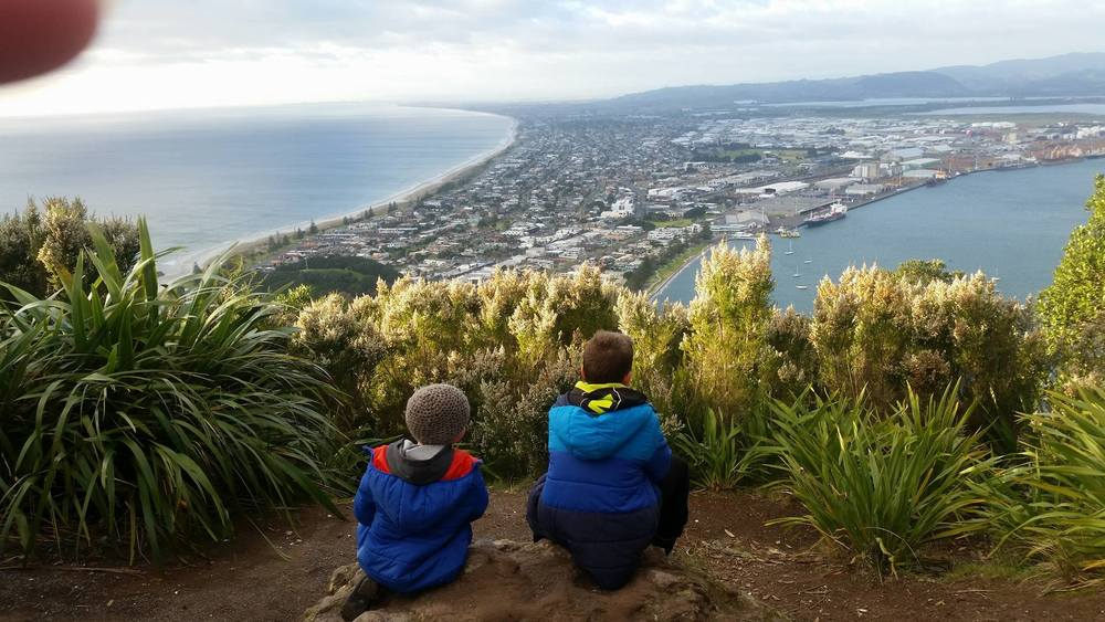 Day 26. reaching the top of Mount Maunganui (in 25 minutes) and getting to watch the boats...