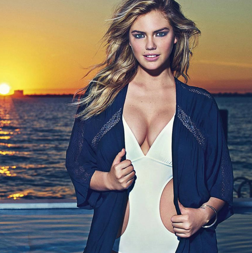 KATE UPTON PHOTOGRAPHY BY MARIO SORRENTI