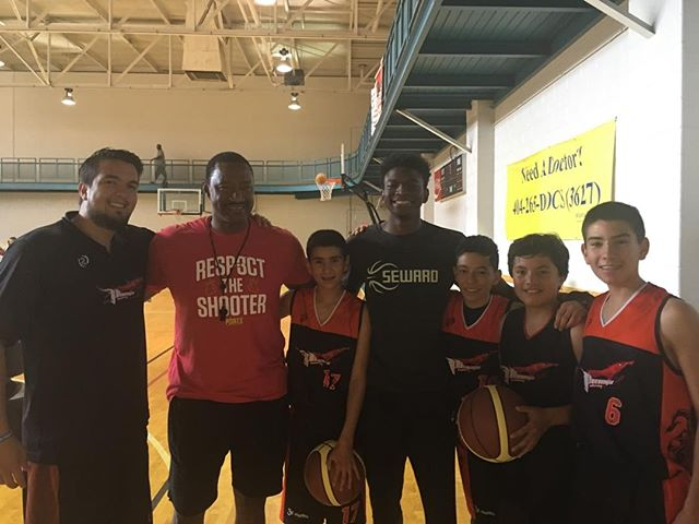 """These kids came from Columbia to work with us.Nick Singelton Mississippi State commit has been working with us for 10yrs.Hard work pays off only if you are doing the right stuff.The coach on the far left came to work with us as a young player from Columbia 8 years ago,now he is bringing his young players to experience what he experience footwork work is key.Tranfer generation.""""Humbling"""""""