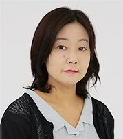 tsutsui-200x300.jpg