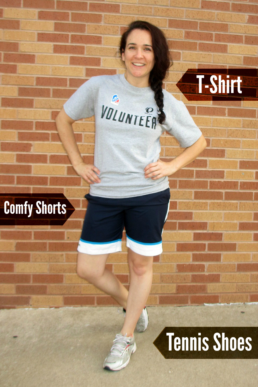 Volunteer Checklist | #Outfits and essentials for a fun and rewarding #volunteer experience.   www.hopejohnstone.com/blog
