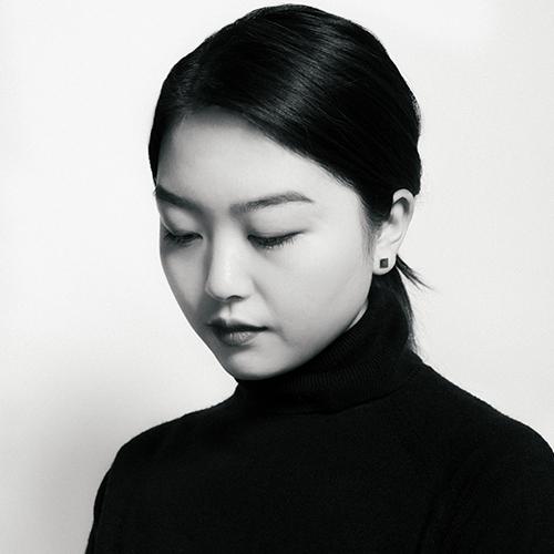 2018-artist-photo-cropped-02 (1).jpg