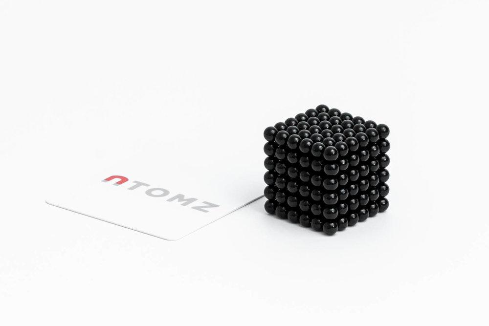 Atomz-Cutting-2.jpg