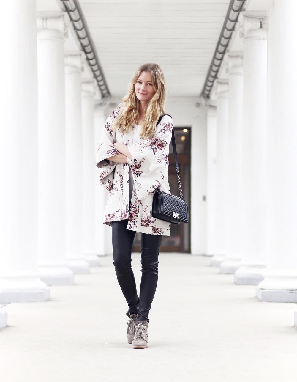 blomstret-kimono-jakke2x.jpg