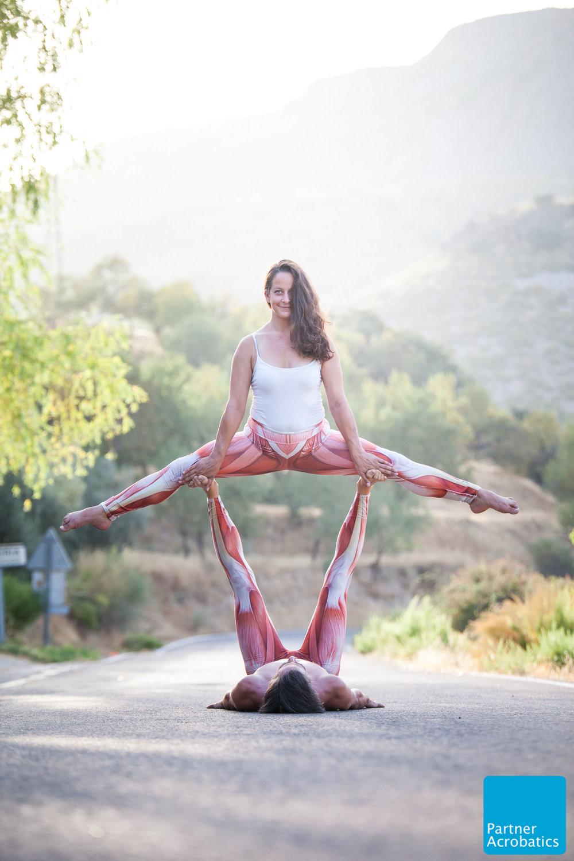 Acro Yoga Aline_zu zweit.jpg