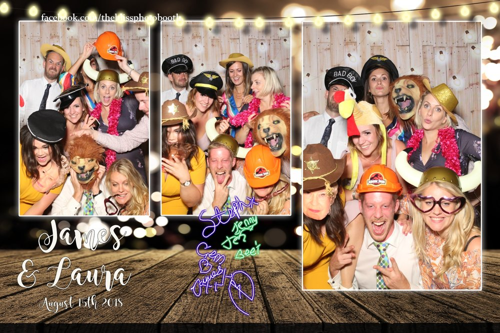 James and Laura - Hornington Manor York- Magic Mirror Photo Booth