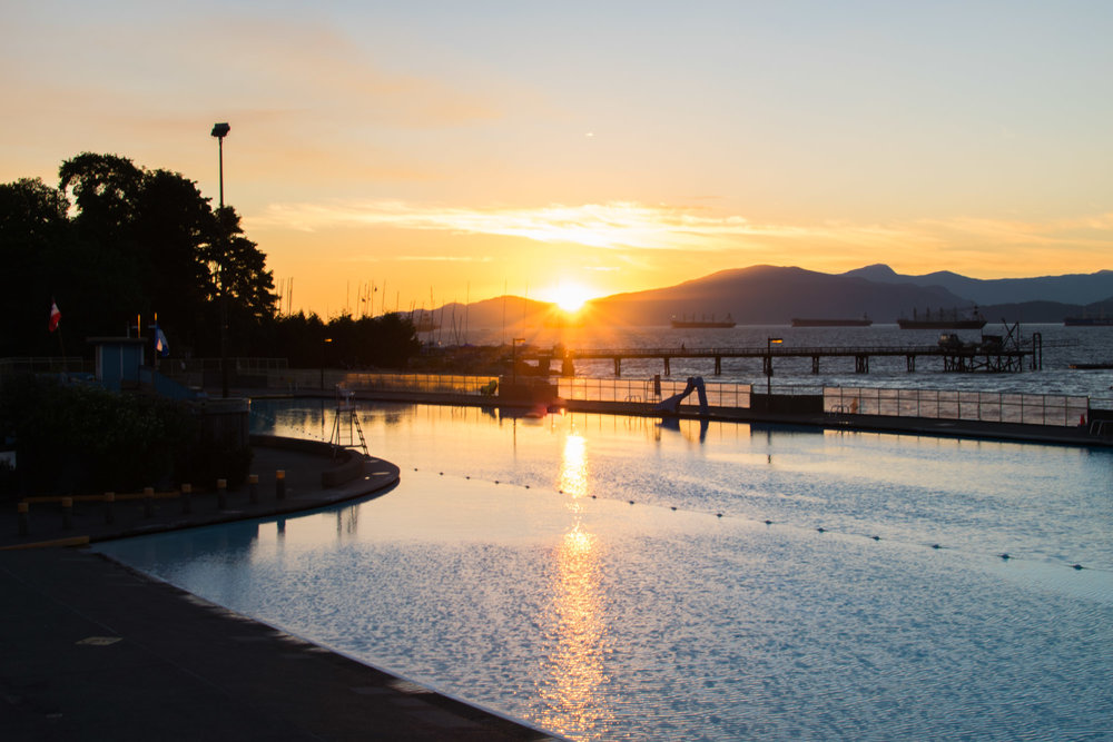 Sunset in Vancouver behind the Kitsilano swimming pool
