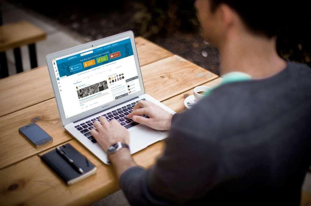Induct laptop.jpg