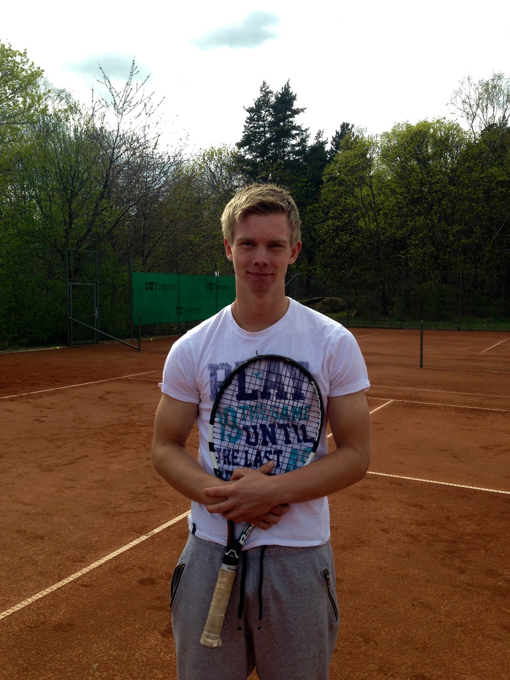 Axel Oljons    (Top 10 in Sweden, National Doubles Champion)