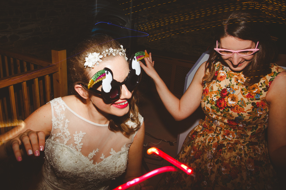 alternative-wedding-photographer-uk-camera-hannah-33.jpg