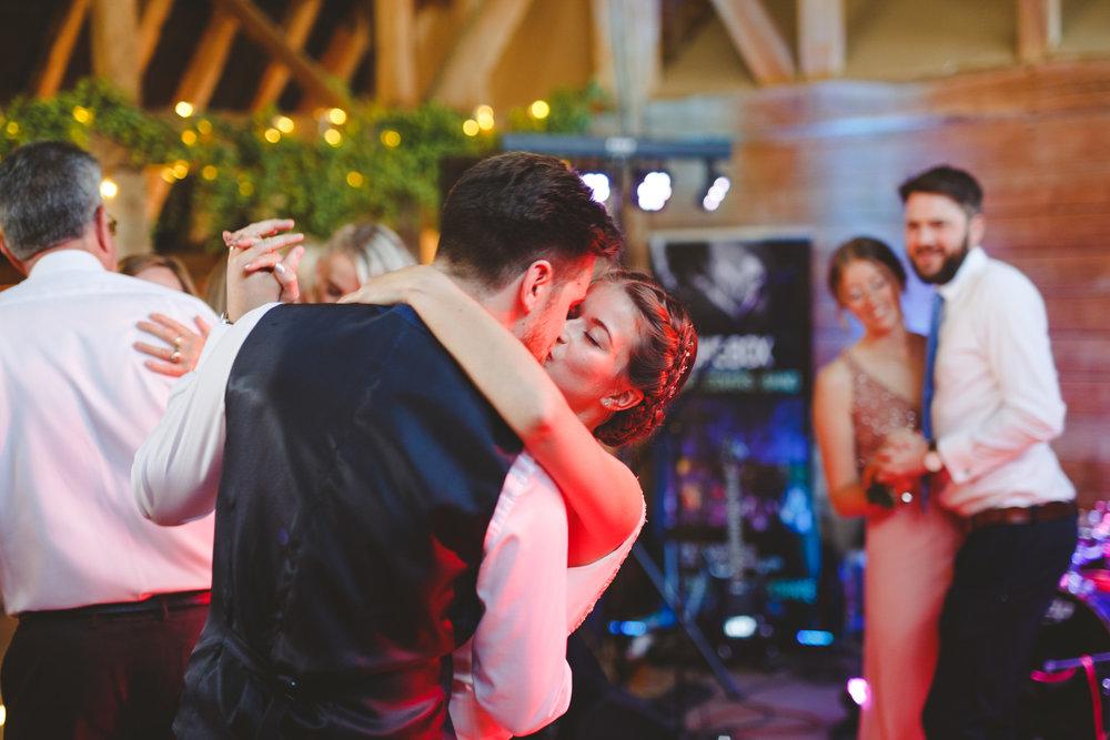 derbyshire-wedding-photographer-october-november-35.jpg