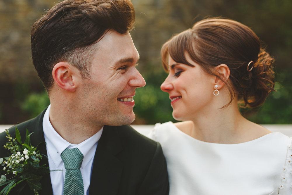 derbyshire-wedding-photographer-camera-hannah--112.jpg