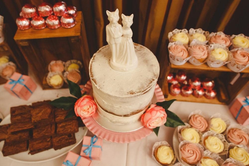 derbyshire-wedding-photographer-camera-hannah--228.jpg