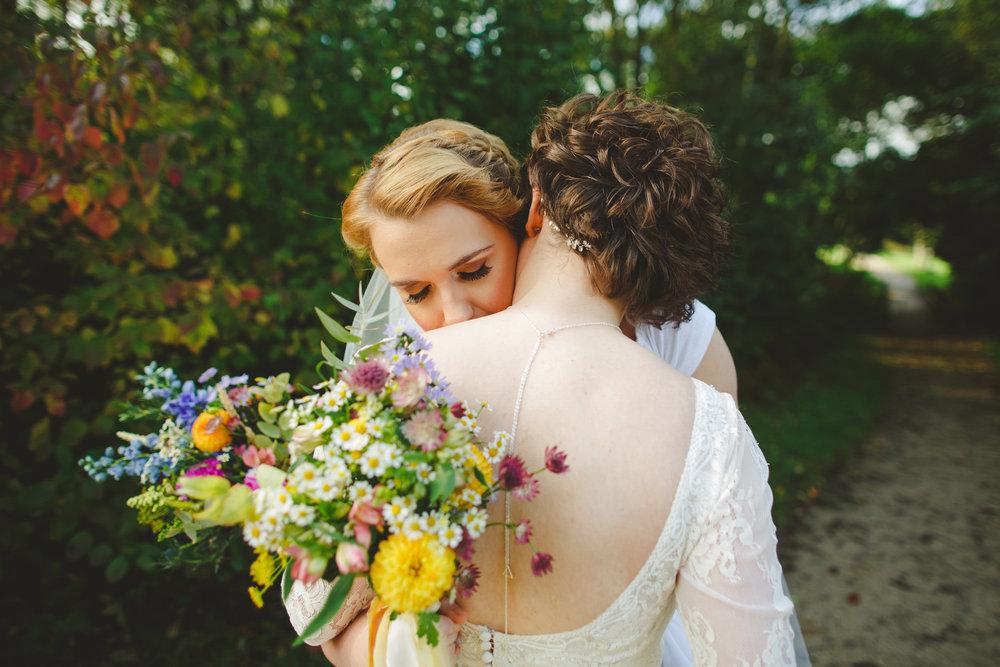 derbyshire-wedding-photographer-camera-hannah--232.jpg