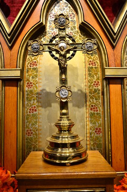 altar cross at st. luke's church