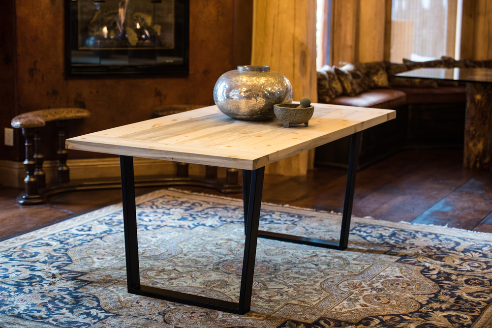 Emmaline  Click the image to enter the Shop and view the different sizes and stain colors in the Emmaline table