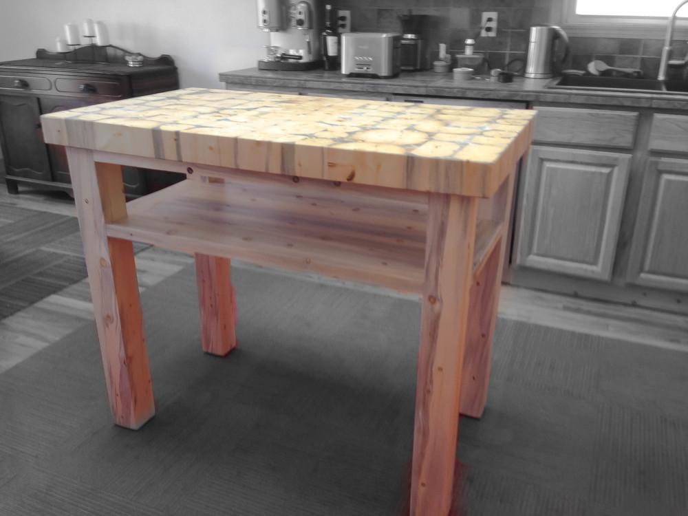 The Sadler Kitchen Island • No Drawer Style