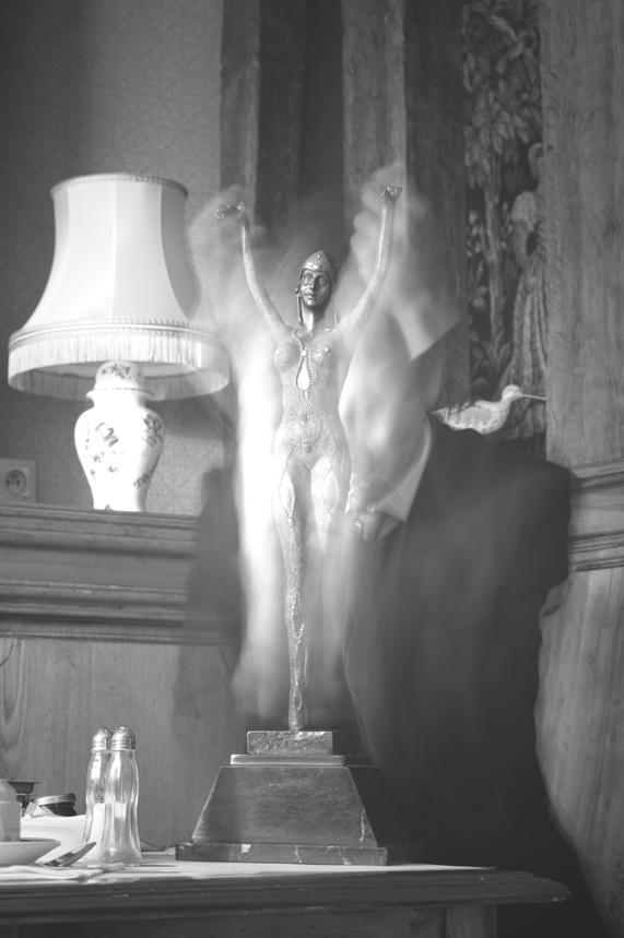 le Veilleur de Nuit 2 - le Veilleur de Nuit et sa Muse