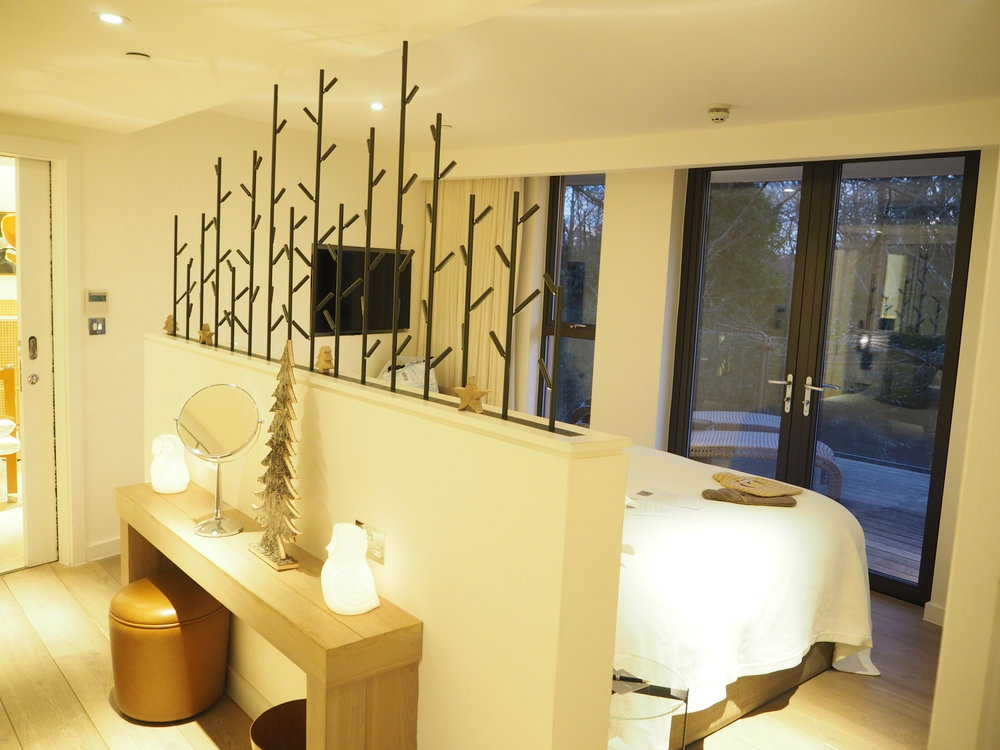 Chewton glen treehouse inside