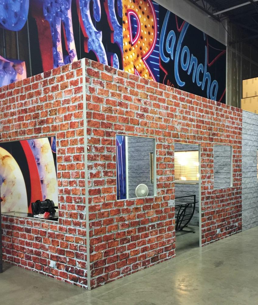 brick2_web.jpg