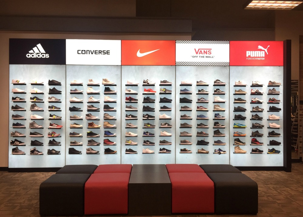 Xp Retail Project Spotlight Magnetic Shoe Wall