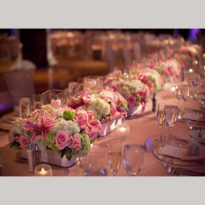 Low-Centerpieces-Estate-Seating-500x333.jpg