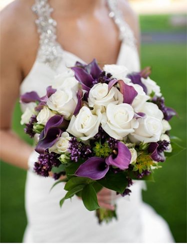 10. Bride's bouquet white & purple with berries