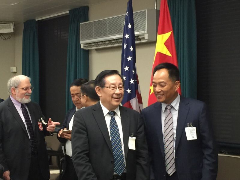 Wang Hanguang, chairman of Hanhai Investment Group, meets with Wan Gang, the Minister of Science and Technology of China in Washington DC on June 22, 2015