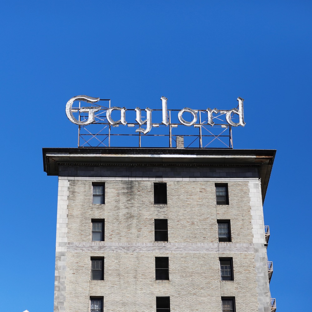 Gaylord on Wilshire