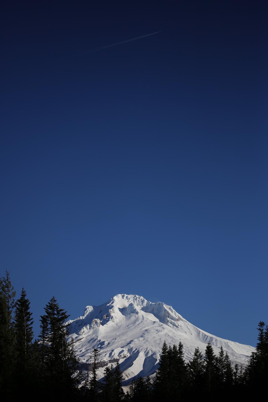 Jet above Mount Hood