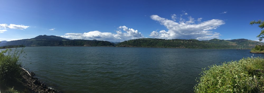 iPhone panorama of the Columbia at Hood River