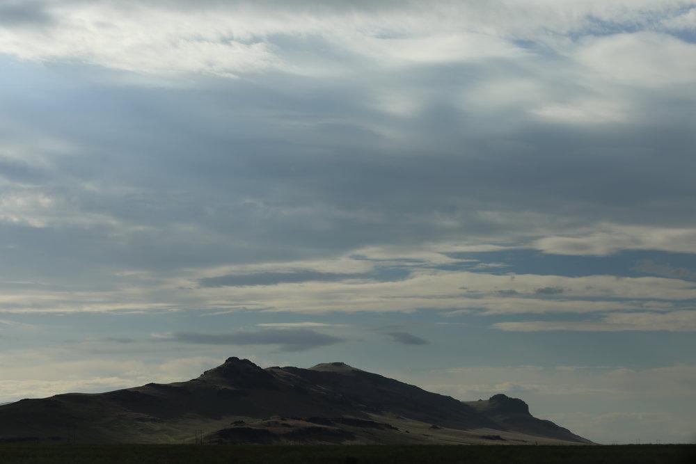 Sagebrush-covered mountains near Fairfield, Idaho